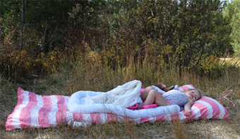 hedgehouse-throwbeds-for-outdoors-82