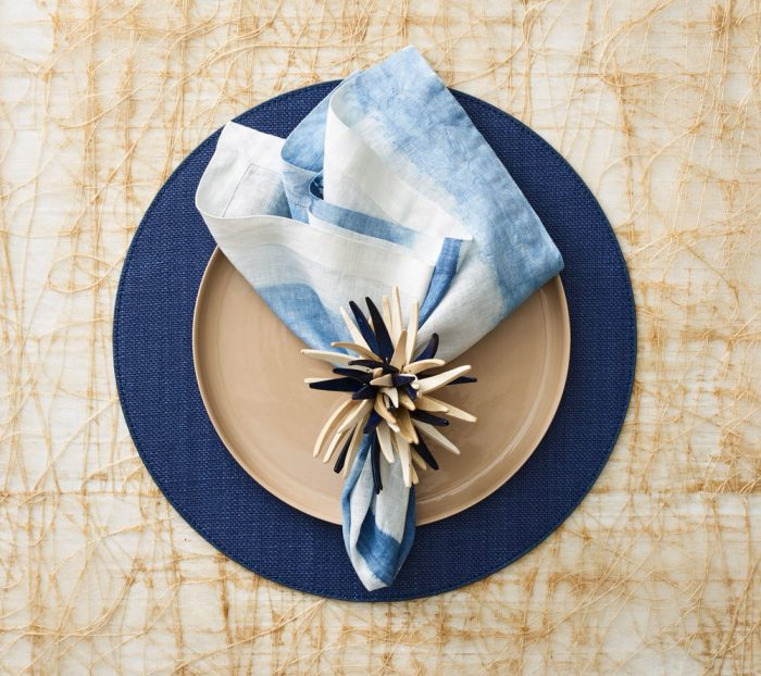 Kim Seybert PROVENCE PLACEMAT IN NAVY