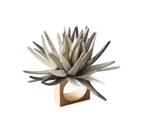 QUILL NAPKIN RING IN IVORY & GREY