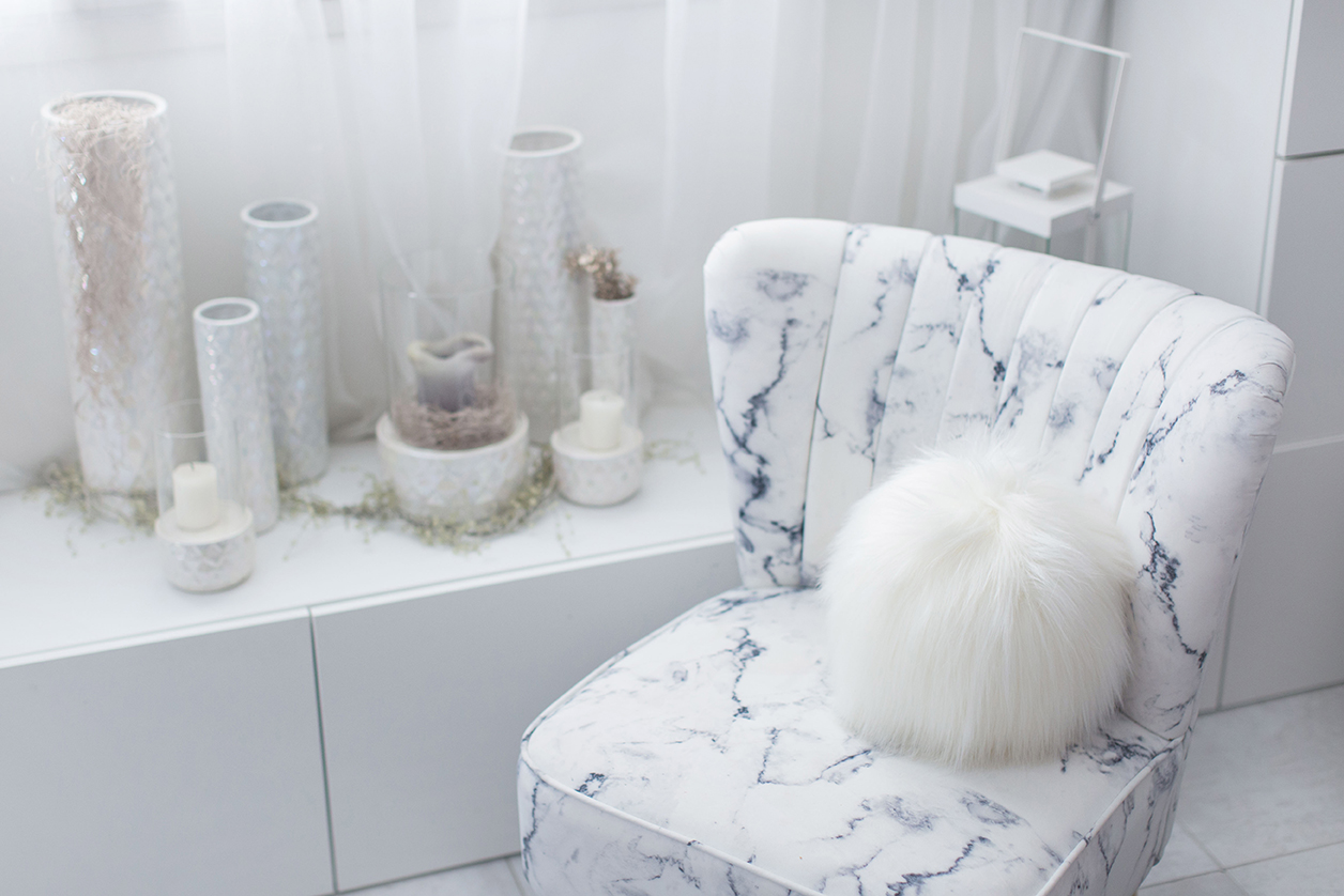 Evelyne Prelonge Faux Fur Snowball - Himalaya Ivory