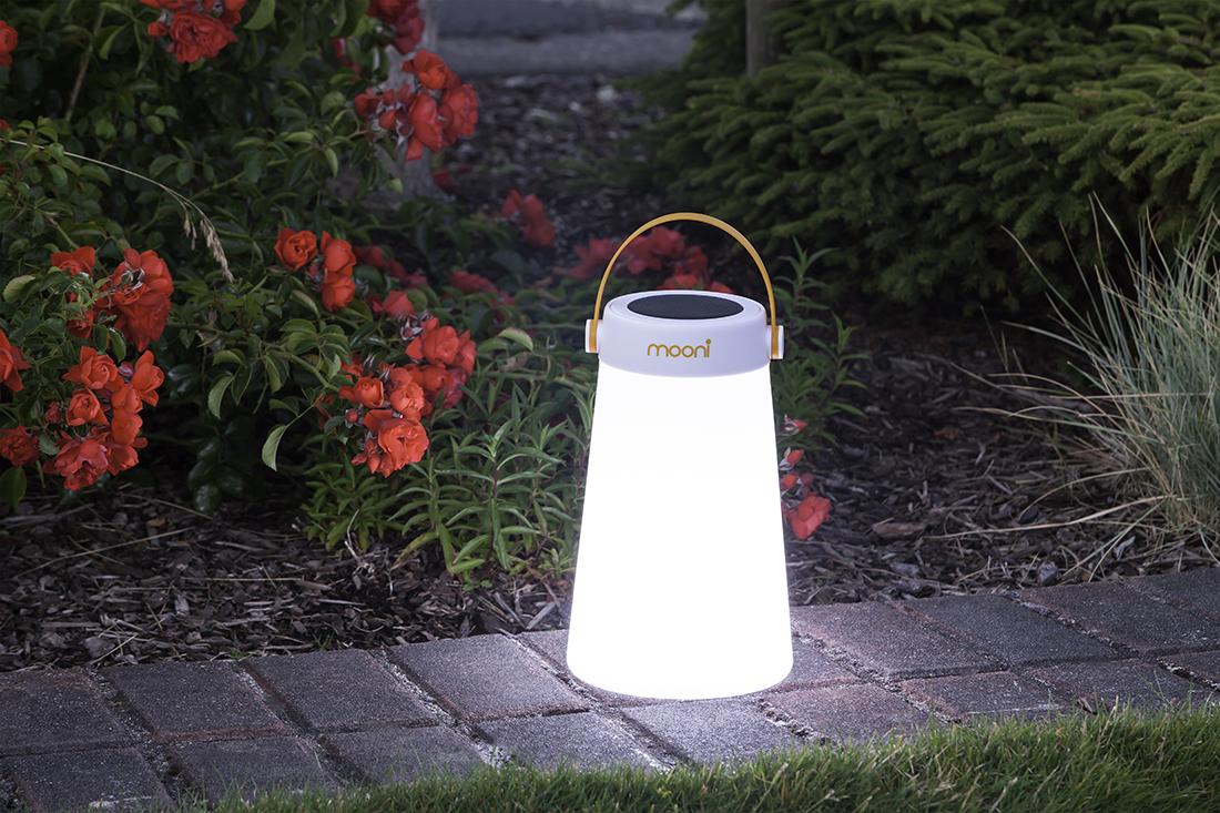 Mooni - TakeMe Portable LED Lantern & Speaker