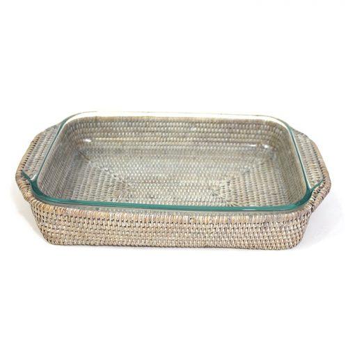 Matahari Rattan 3 qt. Pyrex White Wash Bakeware Tray Oblong Shape