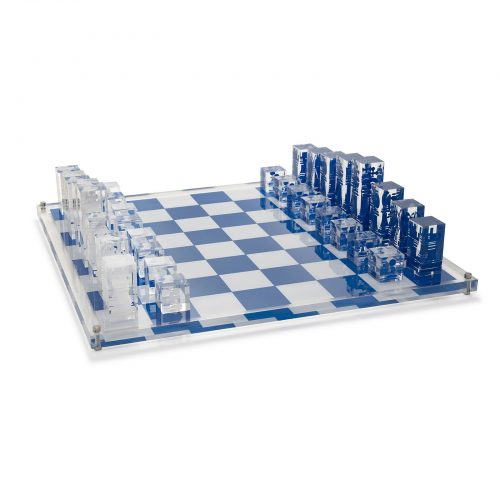 ACRYLIC CHESS SET WITH WHITE AND DARK BLUE PIECES